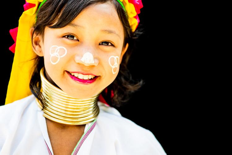 Kayan女孩的肖像 - 改善你的摄影