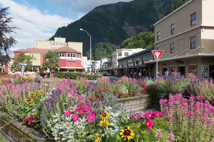 Image: Downtown Juneau – Alaska, USA ISO 12,5 f/6.3, 1/250th.