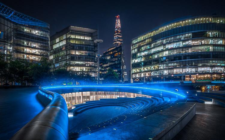 什么使伟大的照片?可以拍摄好照片的5个因素 - 一个夜晚拍摄的城市