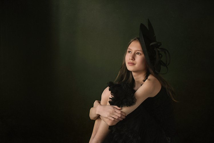 portrait of a girl in black - 5 Tips How to Set Up a Home Studio for Dramatic Portraits