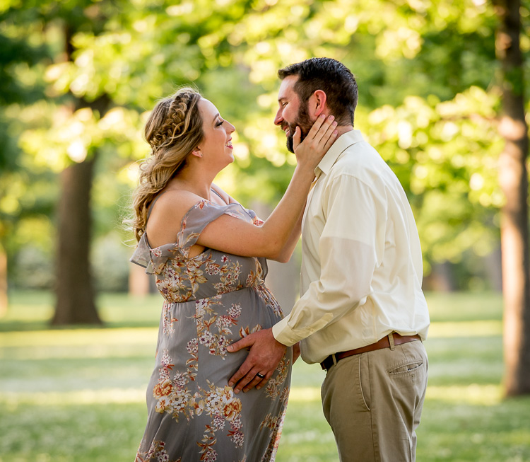 Why You Need to Manage Expectations - Both Yours and Your Client's - maternity photo