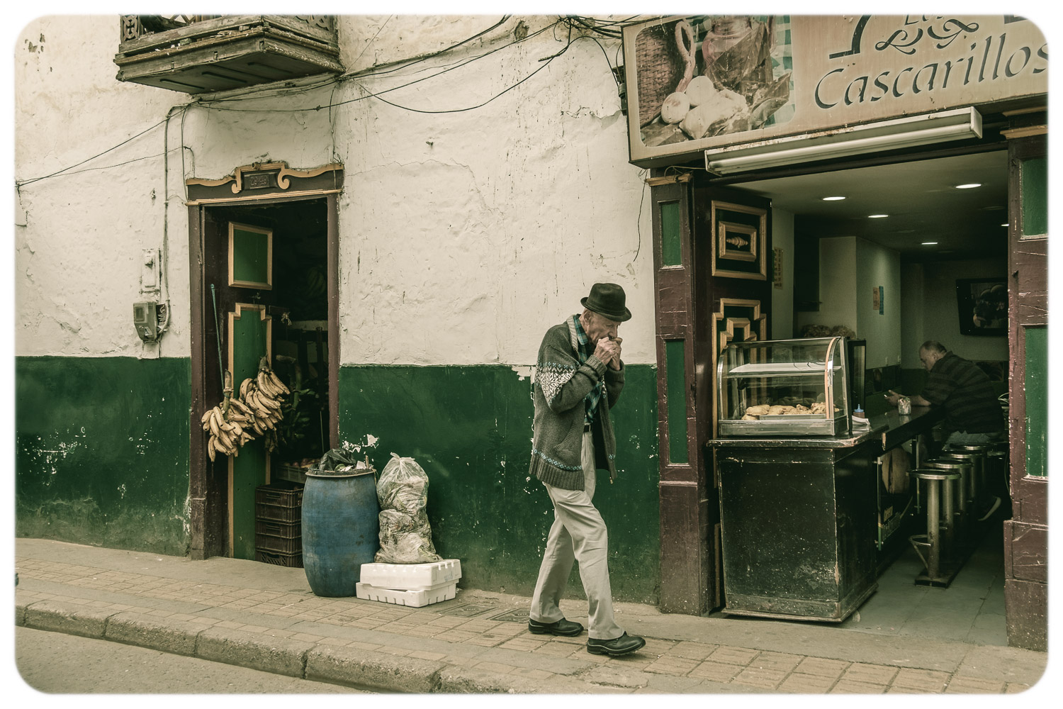 street photography challenge - shot on a street in Colombia