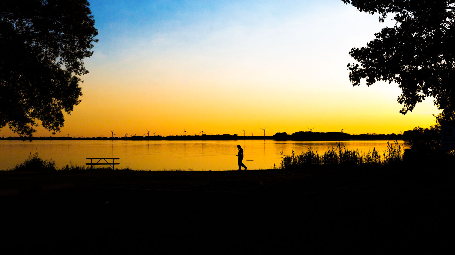 How to Use Low Graphic Style as a Compositional Tool - silhouette at dusk