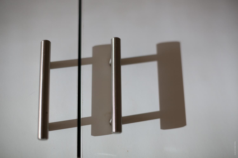 shadows of door handles - Mobile Phones Versus DSLRs