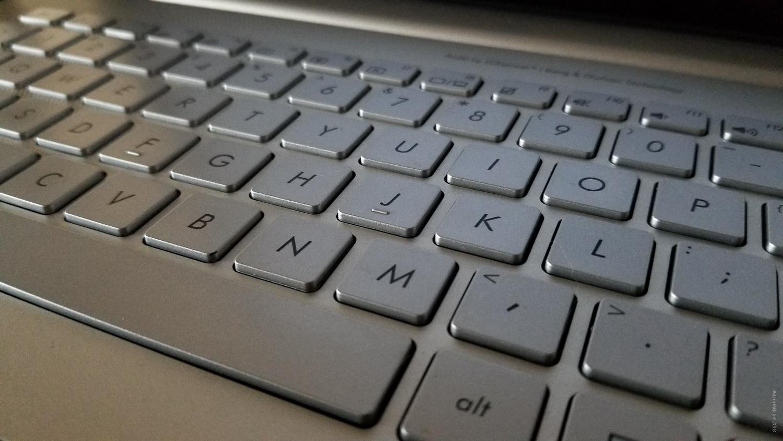 laptop keyboard - Mobile Phones Versus DSLRs
