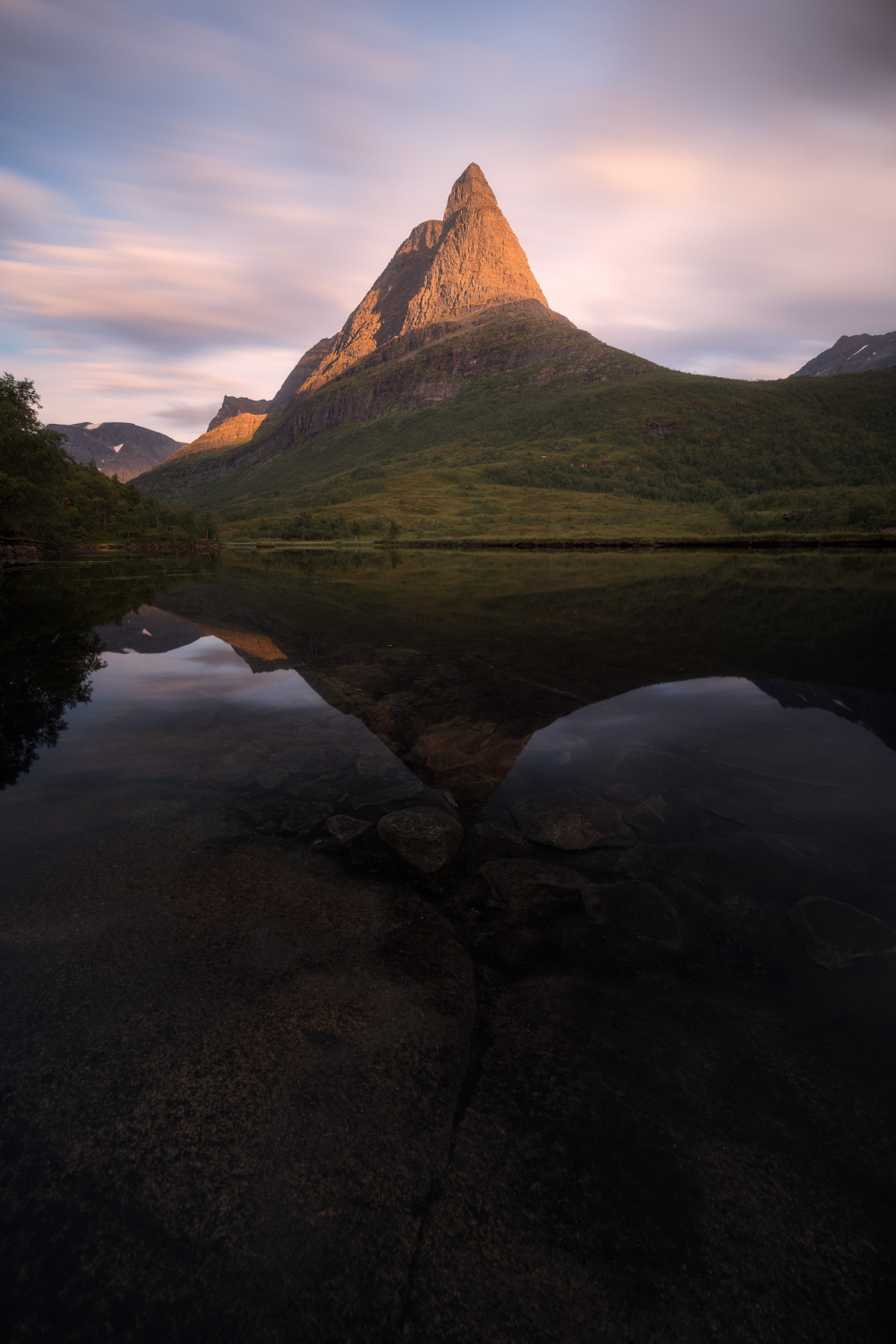 https://i1.wp.com/digital-photography-school.com/wp-content/uploads/2018/07/Norway-Innerdalen-Sunset-e1533033437450.jpg?resize=1001%2C1500&ssl=1