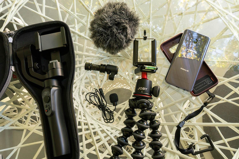 Smartphone video accessories 03