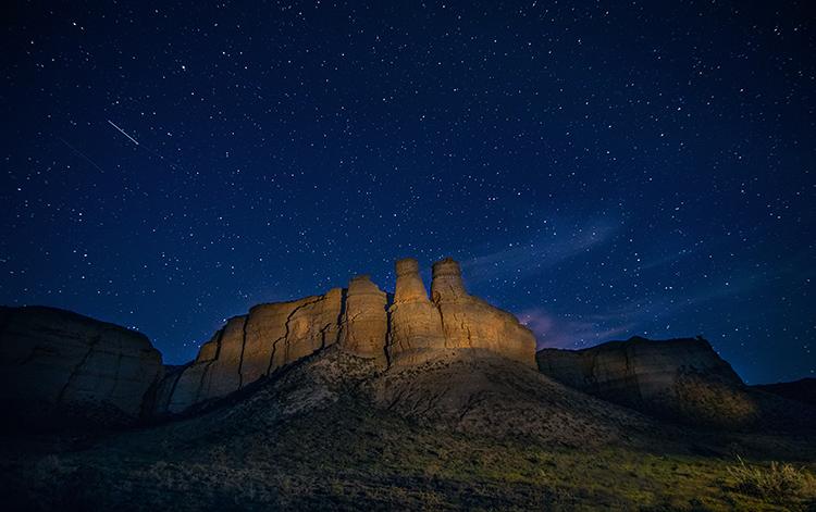 shooting star night desert photo - night sky photography