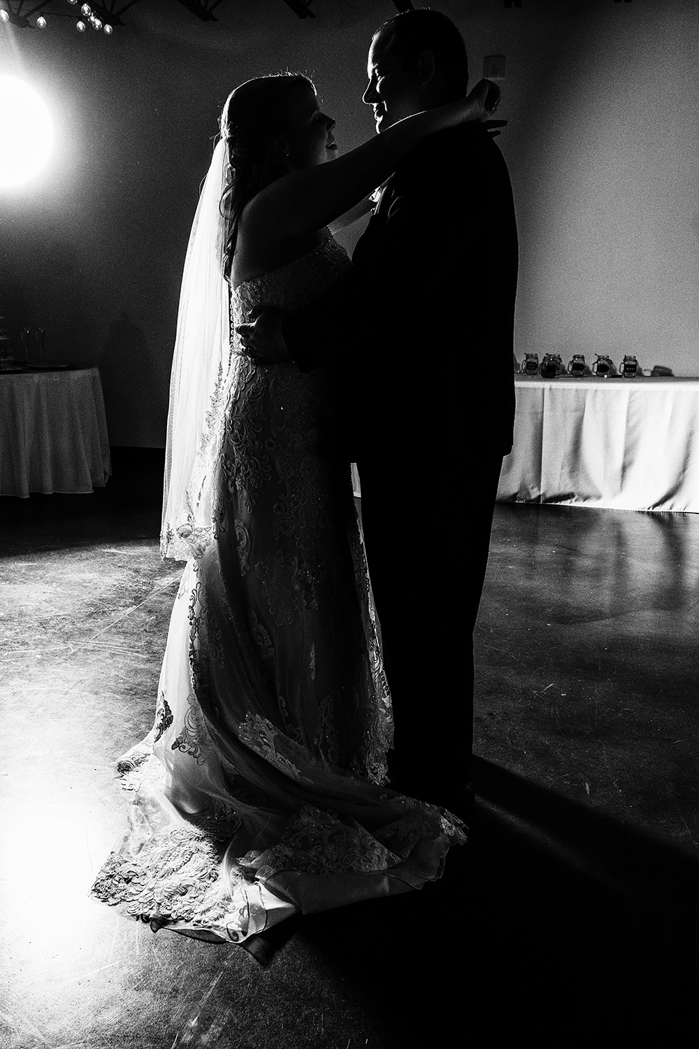 Mirrorless Cameras and Wedding Photography - first dance b/w