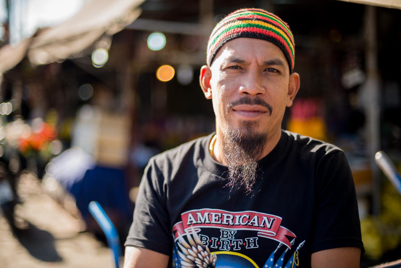 Street portrait of a Thai man - comfort zone