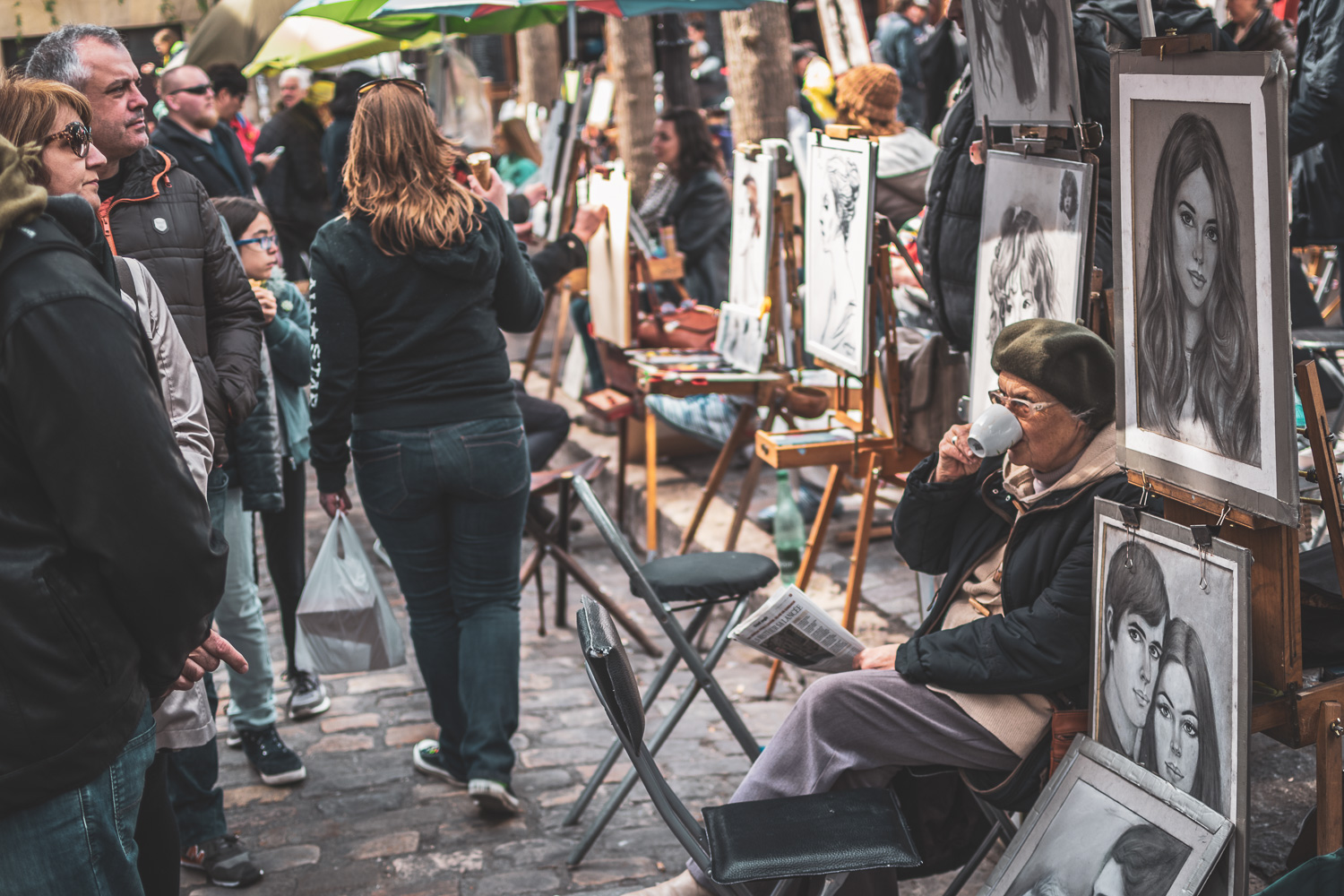 Getting Started in Street Photography - artists in a street market