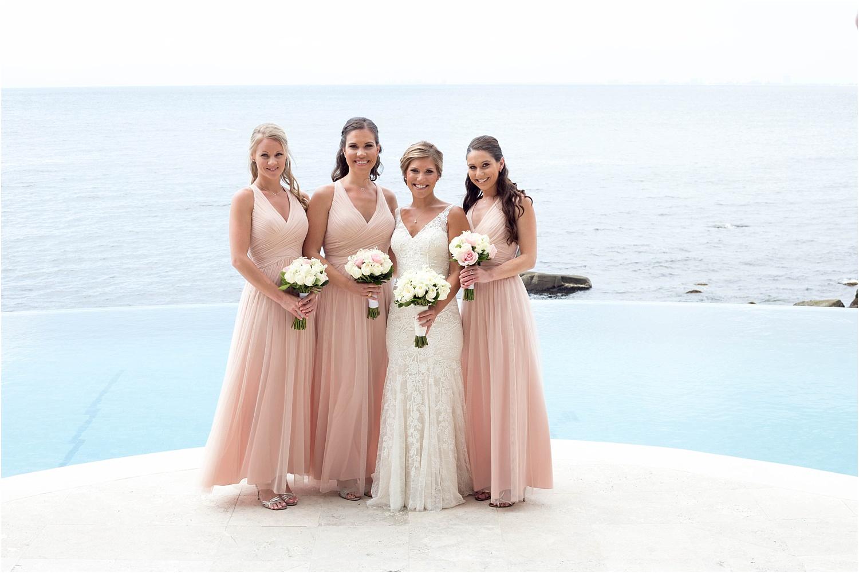 https://i1.wp.com/digital-photography-school.com/wp-content/uploads/2018/09/bridal-portraits-bridesmaids.jpg?resize=1500%2C1000&ssl=1