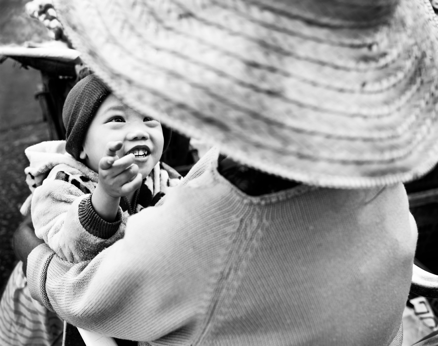 Learn How To Easily Improve Your Street Photography Portraits Happy Kid © Kevin Landwer-Johan