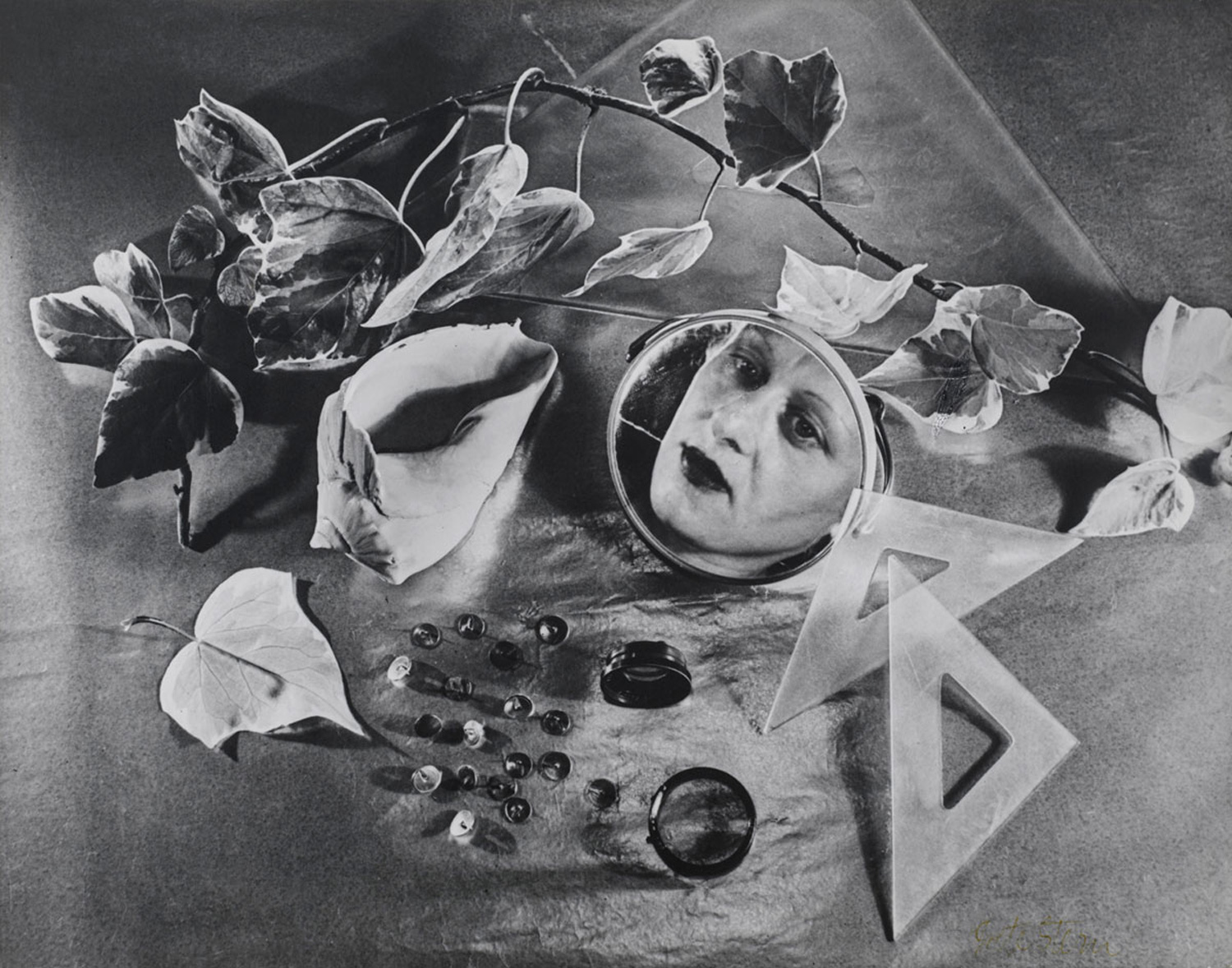 Image: A self-portrait by Grete Stern. Image courtesy of Wikipedia