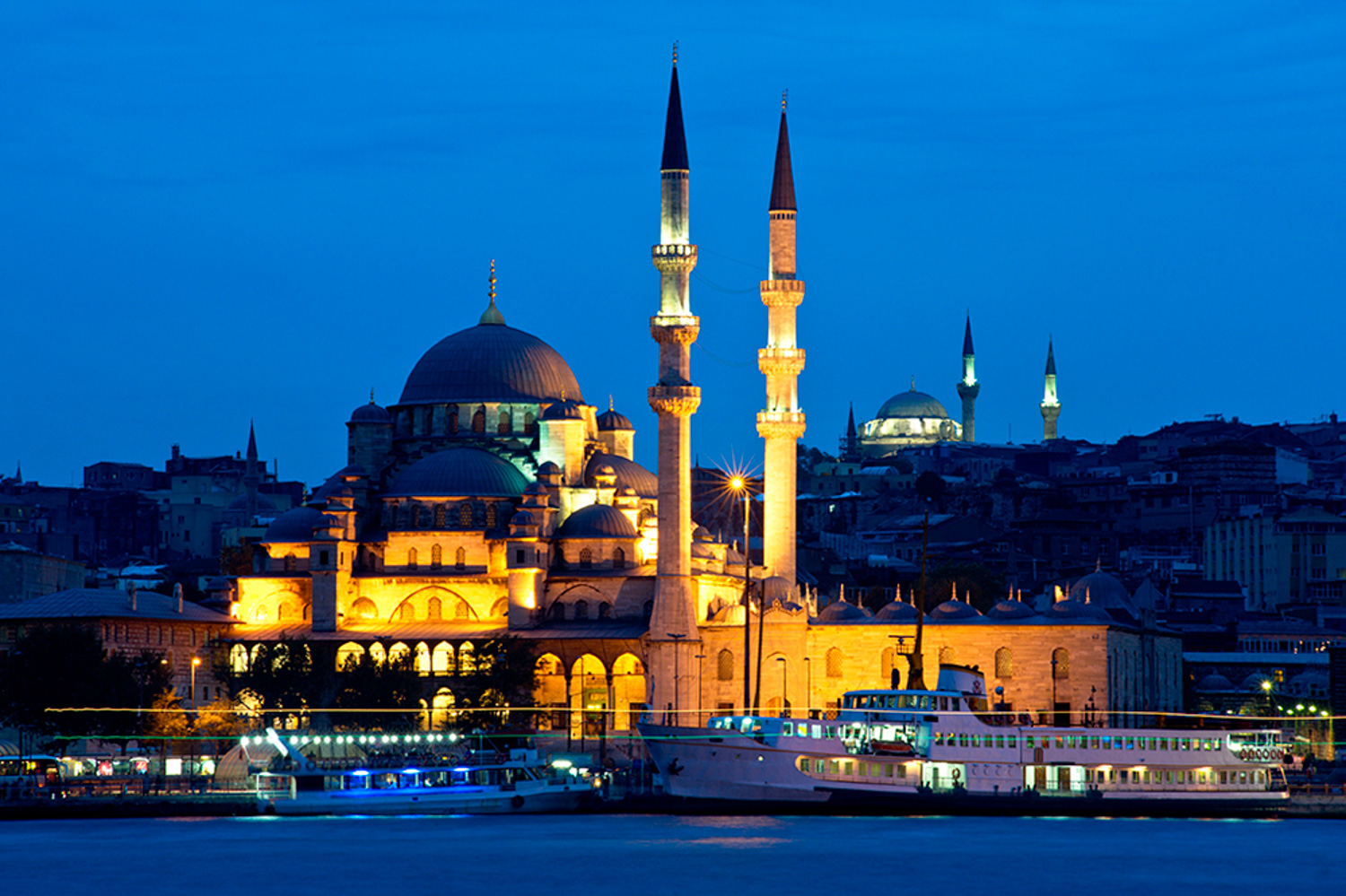 What to do When the Lights Down Low Istanbul