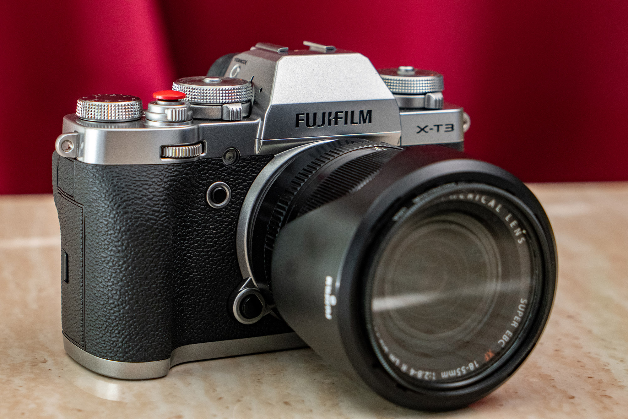 https://i1.wp.com/digital-photography-school.com/wp-content/uploads/2018/12/Pratt_Fujifim-XH1-XT3_007.jpg?resize=2000%2C1334&ssl=1