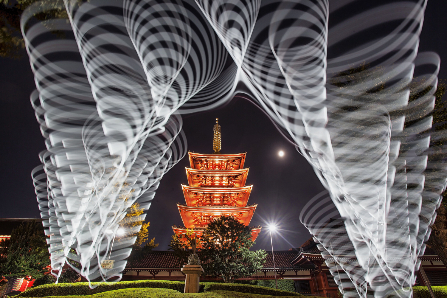 Image: In this photo a pixelstick has been used to light paint around the pagoda.