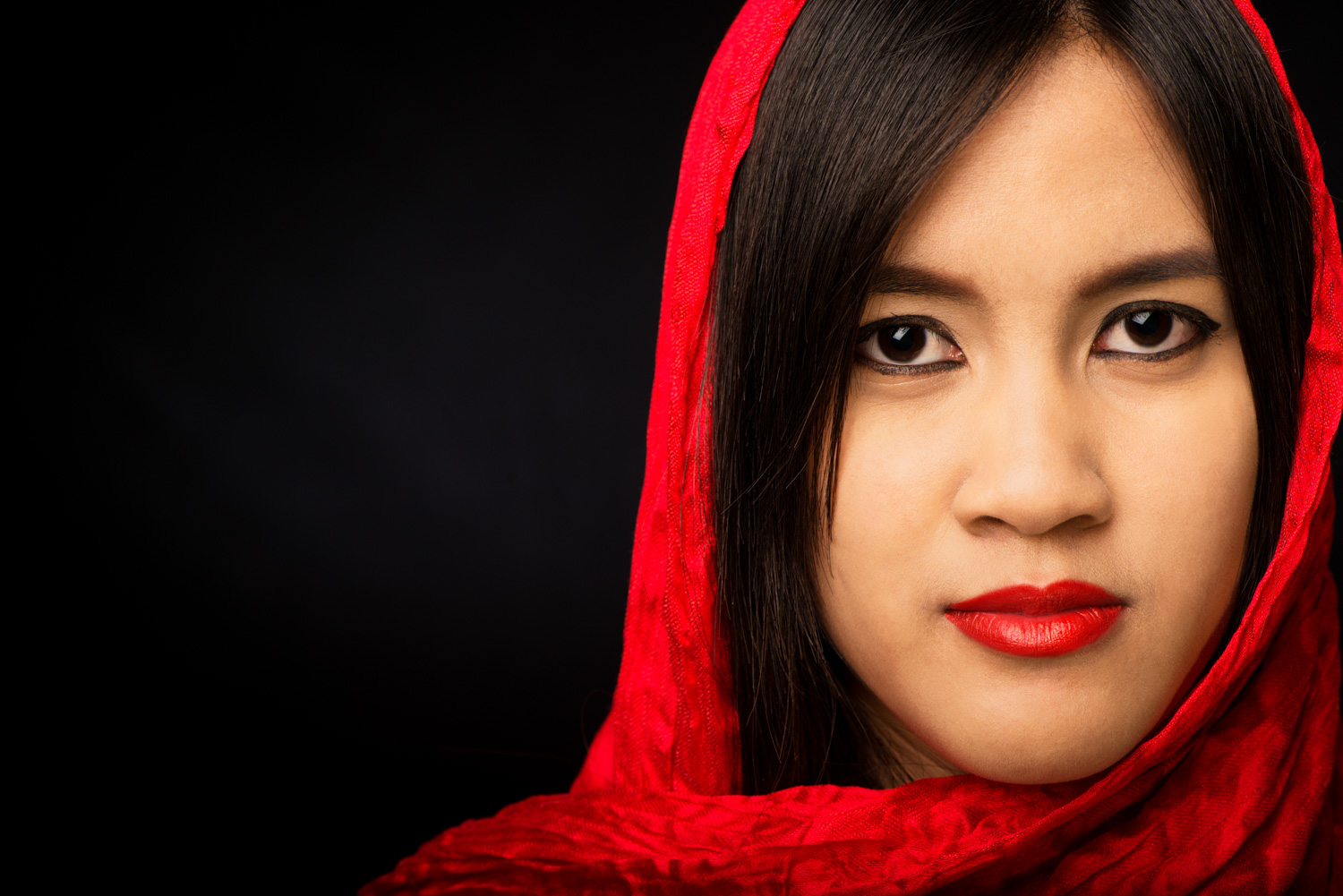 Red Head Scarf 15 Common Portrait Mistakes to Avoid