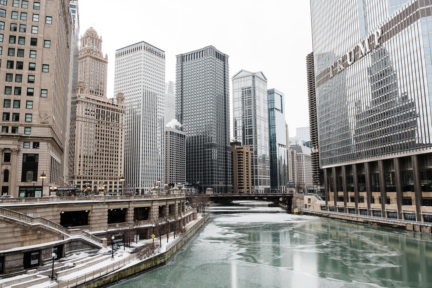 Karthika Gupta Photography - Memorable Jaunts Sigma 28mm lens review Chicago Riverwalk in winter