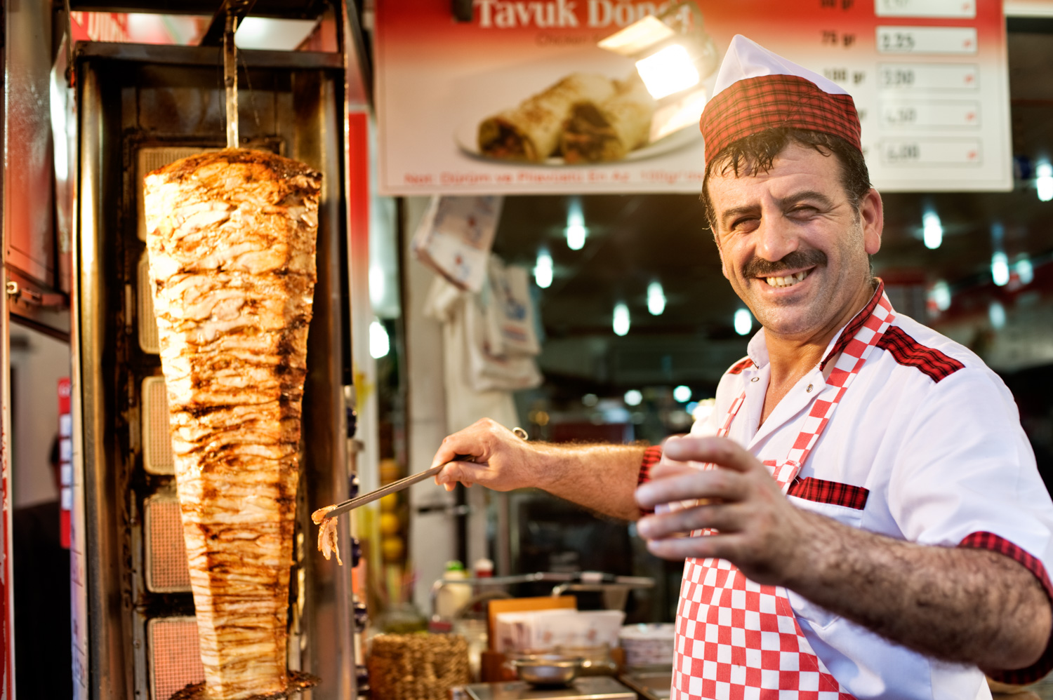 9 Tips for Better Environmental Portraits Kebab Chef in Istanbul