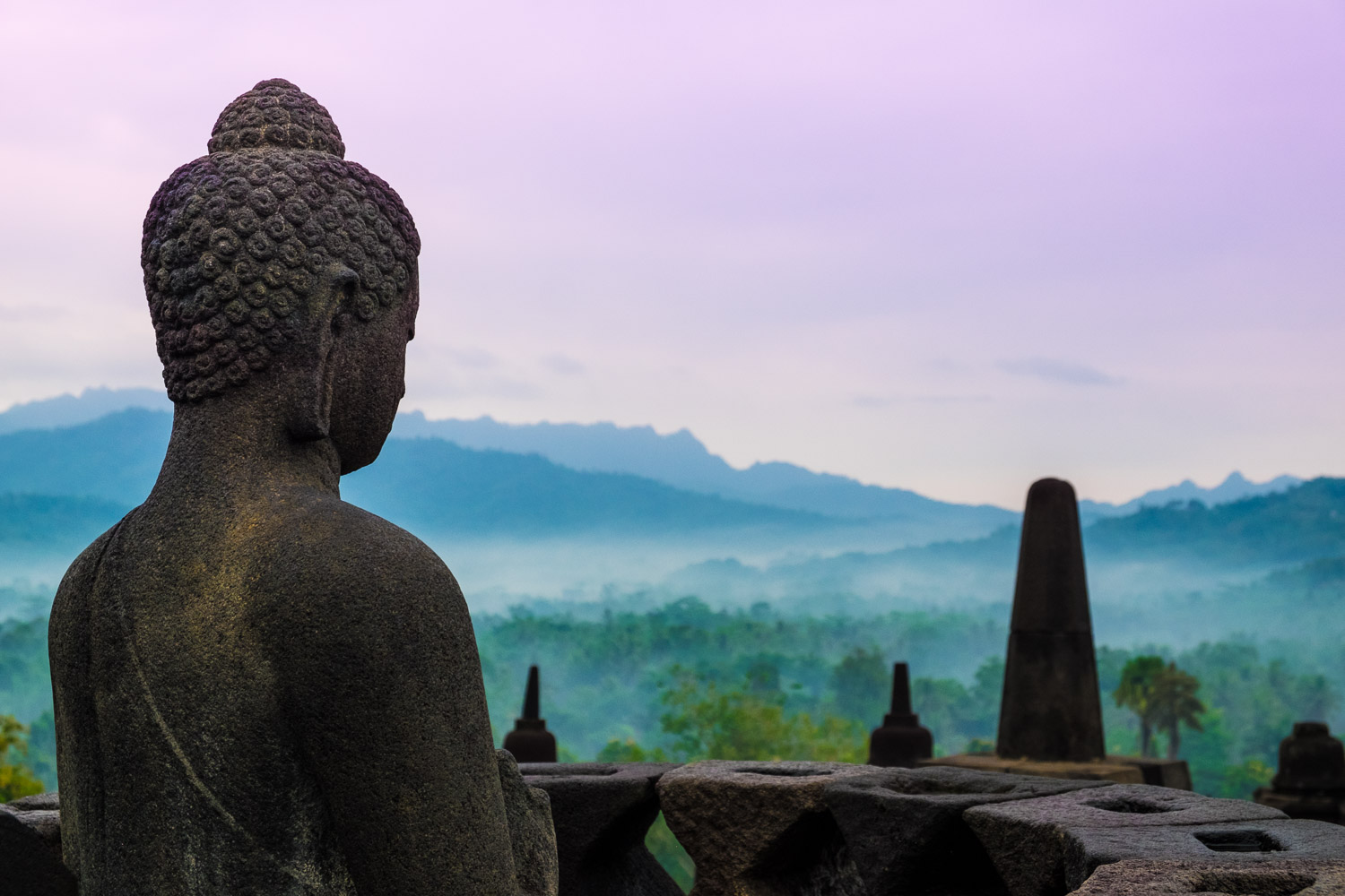https://i1.wp.com/digital-photography-school.com/wp-content/uploads/2019/03/MattMurray-Borobudur.jpg?resize=1500%2C1000&ssl=1