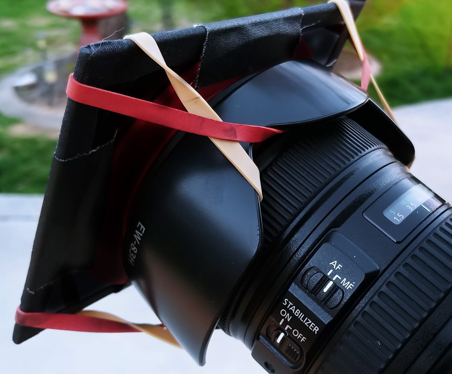 Image: Set your focus BEFORE mounting the filter and turn the switch to Manual focus (MF)