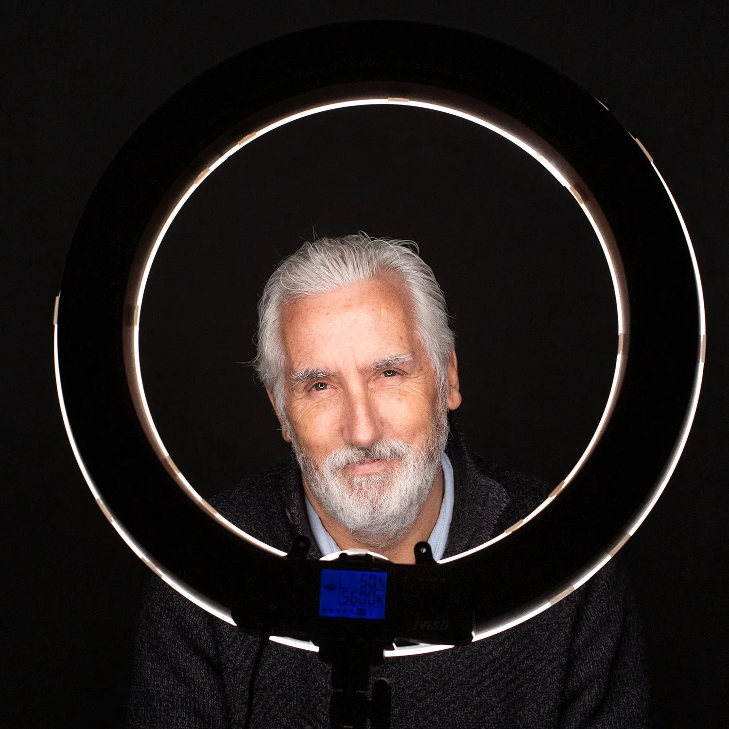 a ring light in action for a portrait