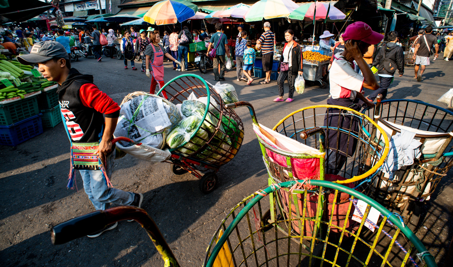 Muang Mai Market Documentary Travel Photography: How to Add More Interest to Your Travel Photos