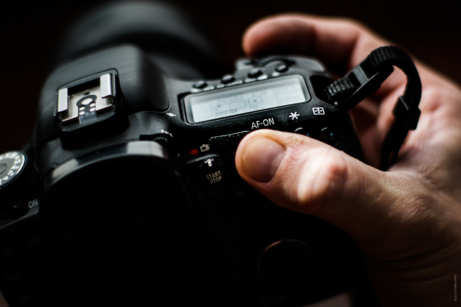 """Back to Basics: Understanding the """"Sunny 16 Rule"""" in Photography"""