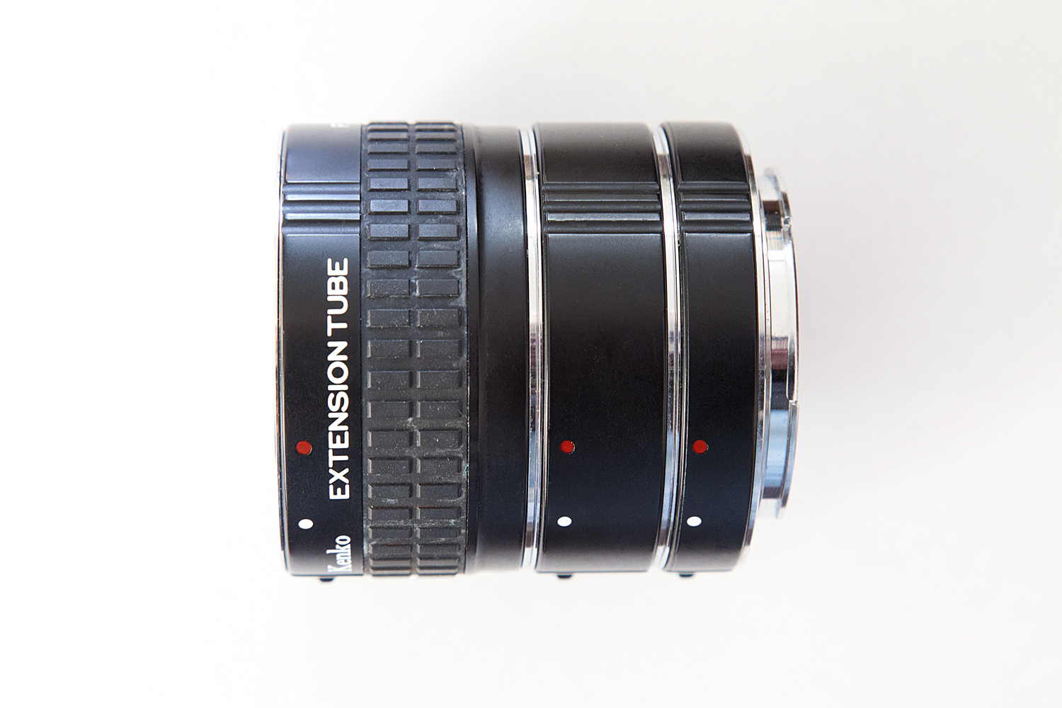 https://i1.wp.com/digital-photography-school.com/wp-content/uploads/2019/08/kenko_extension_tubes_tubes.jpg?resize=1500%2C1000&ssl=1