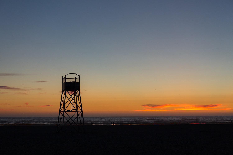 Image: Setting sun along the Oregon coast