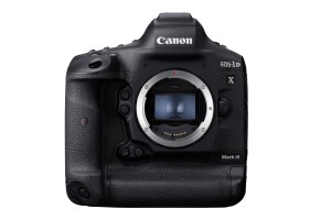 News: Demand for DSLRs is Still Strong, According to Canon