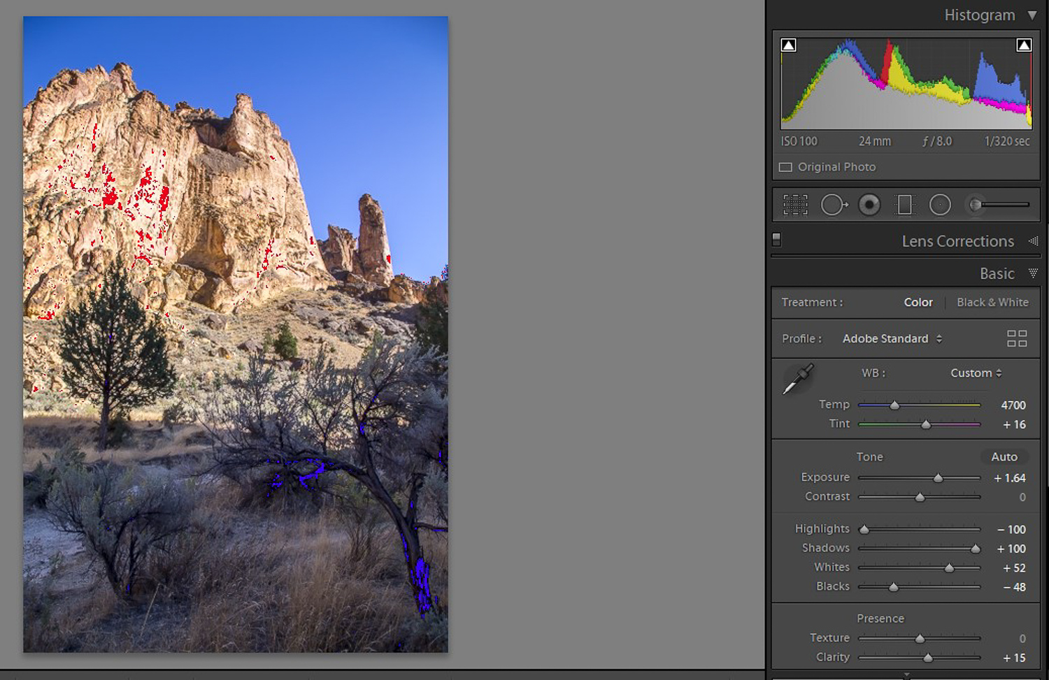 View the blown-out highlights and blocked-up shadows with the tools in Lightroom
