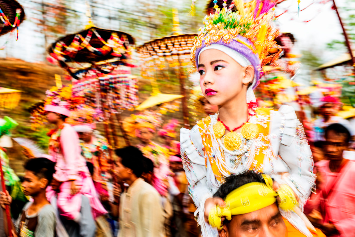 Poi Sang Long Festival - Is Being Shy a Good Reason to Take Candid Photos