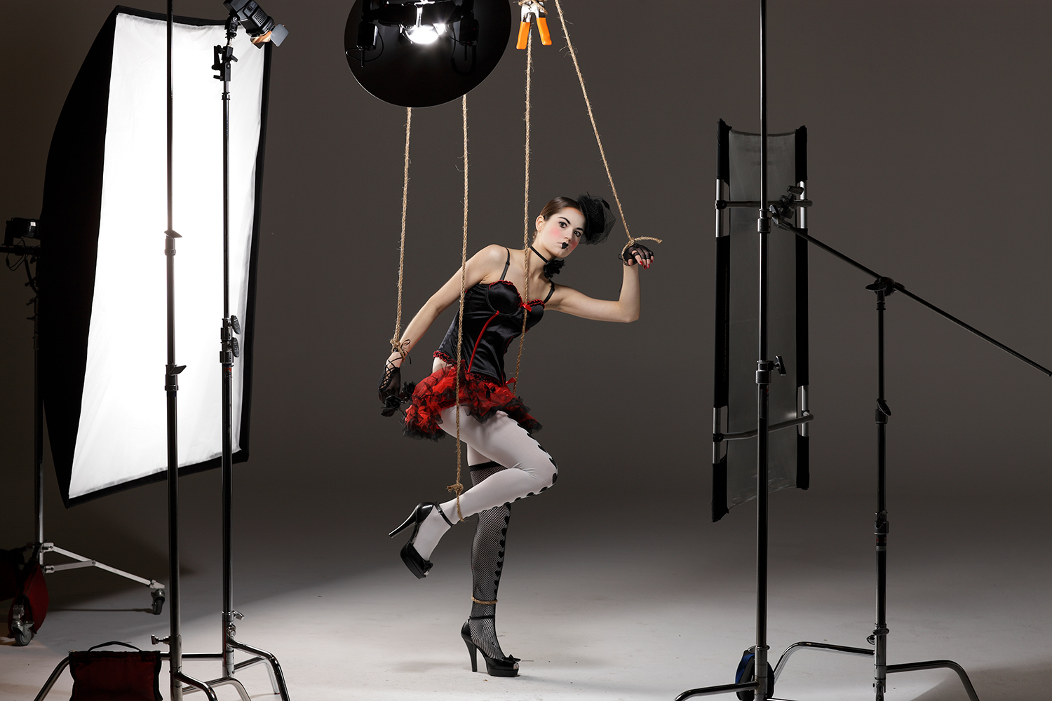 Bruce Dorn photography – a shot of the studio set up for his marionette shoot.