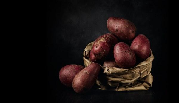 Como obter retratos de comida dramáticos e escuros