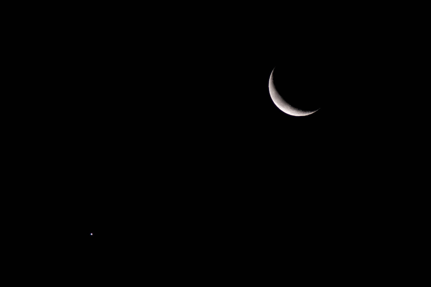 Moon Photography Settings Crescent and Venus