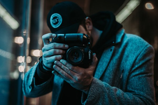How To Get Better Digital Photos In Low Light Conditions Without Using A Flash