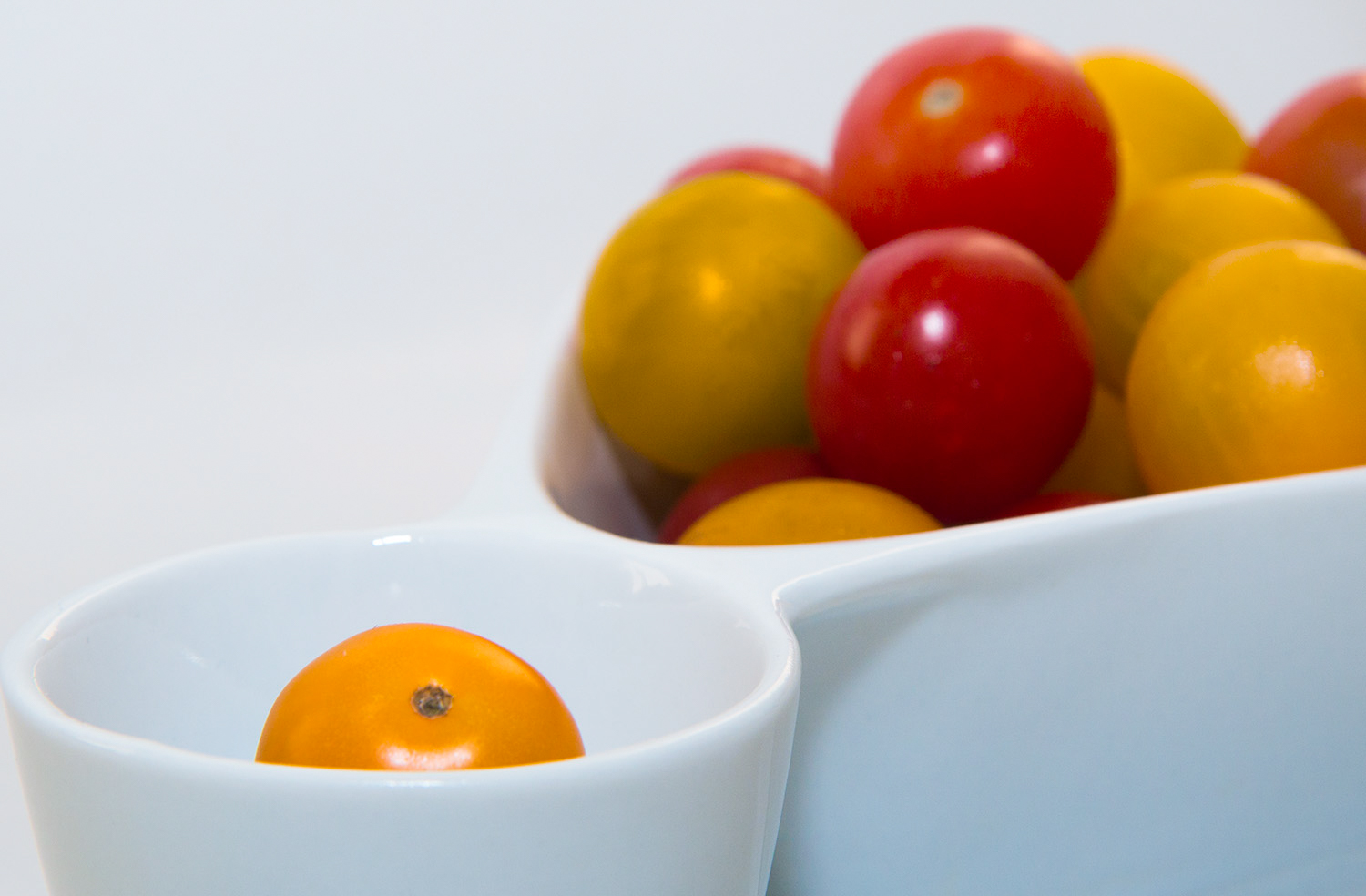 vegetable photography tomatoes in a little bowl
