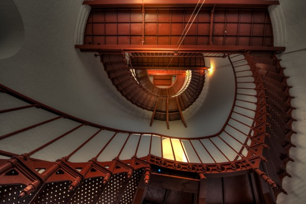 32 Dizzying Images of Spiral Staircases