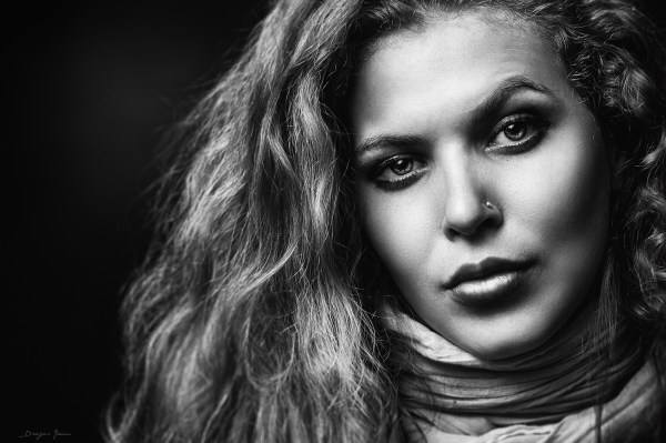 21 Dramatic Black and White Portraits