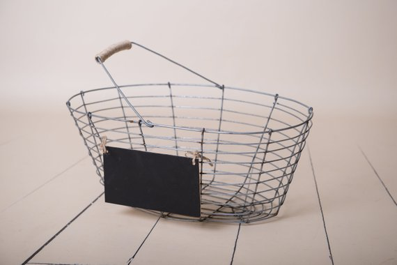 87. Newborn Metal Basket Prop 2