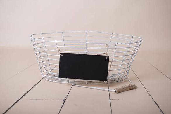 87. Newborn Metal Basket Prop