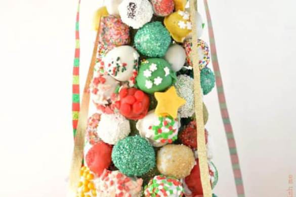 94. Oreo Cookie Ball Tree Christmas Recipe