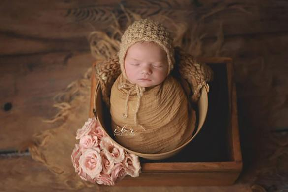 44. Newborn Hat (2)