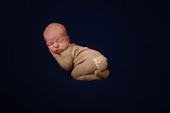 82. Newborn Romper (3)