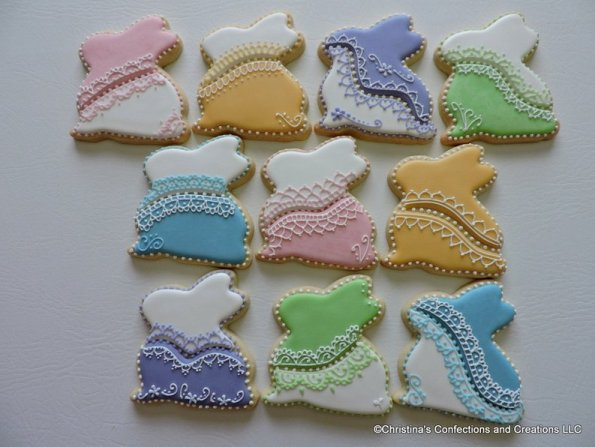 4. Lacy Decorated Easter Bunny Cookies