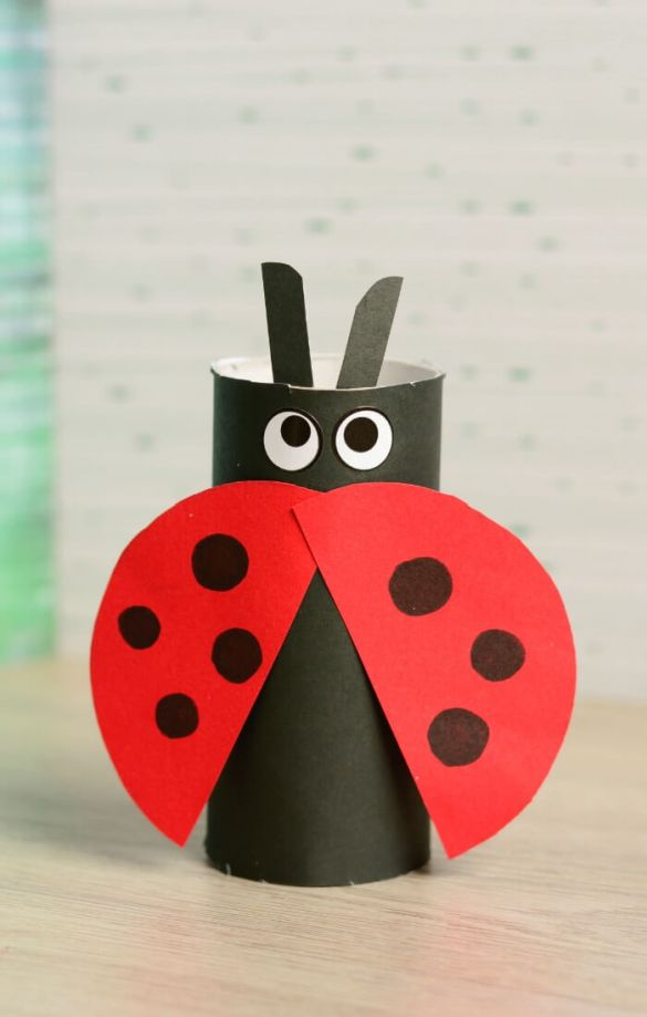17. Toilet Paper Roll Ladybug Craft
