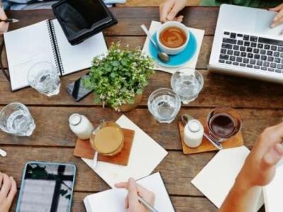 Cum administrați prezența online a afacerii dumneavoastră? (2)