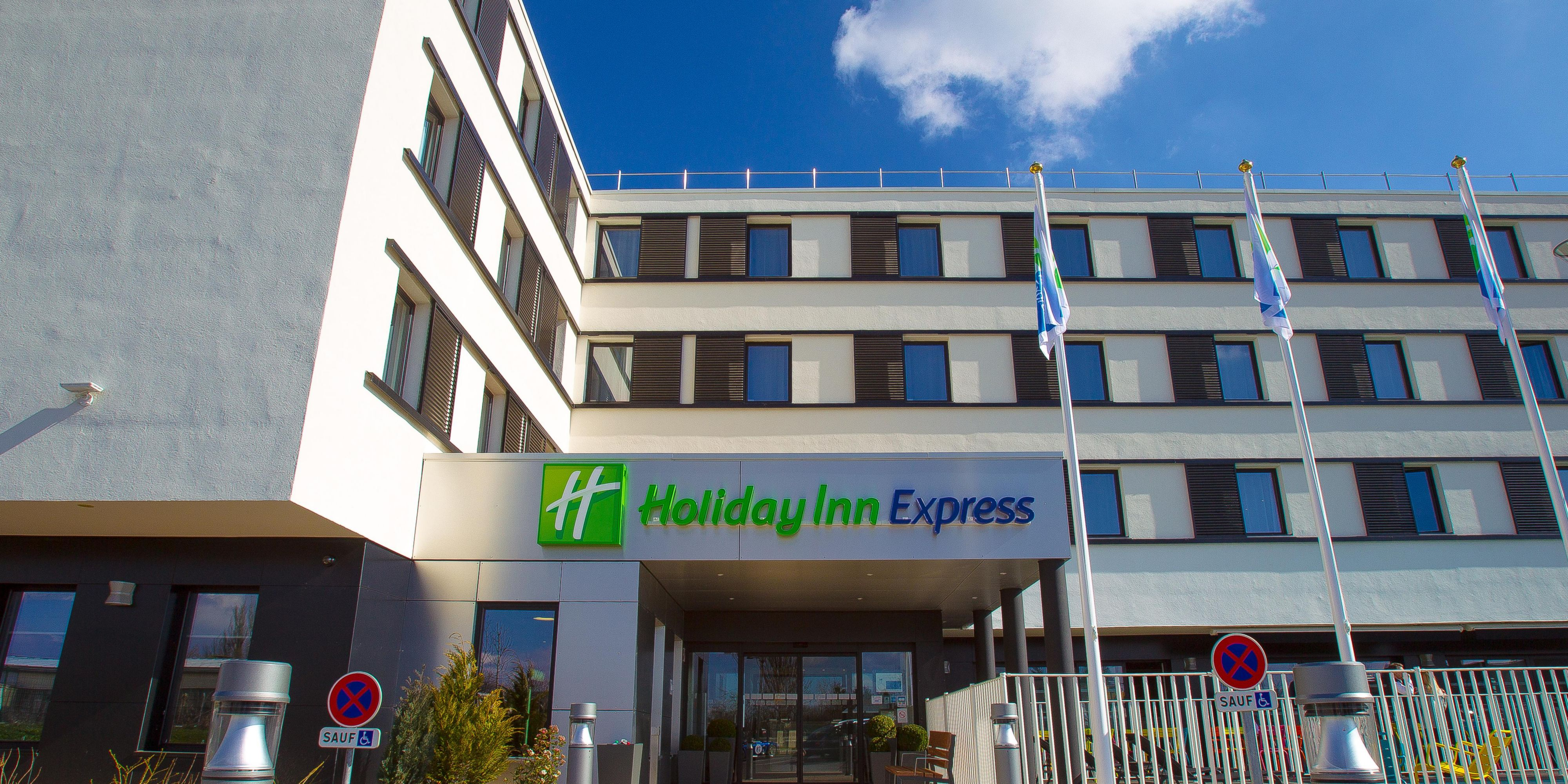Hhs a to z index: Hotels Near Dijon Holiday Inn Express Dijon France